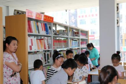 龙凤小学学生来我馆参观体验